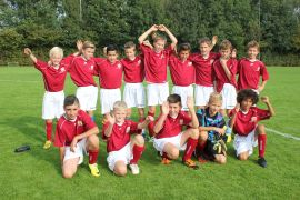 Jongensvoetbal 2014 013