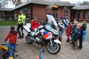 Politiemotor op bezoek 001
